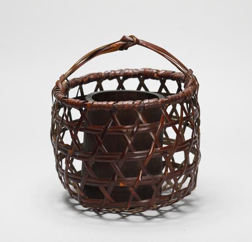 在銘 「鳳尾竹花籠」